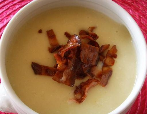 cauliflower & bacon soup
