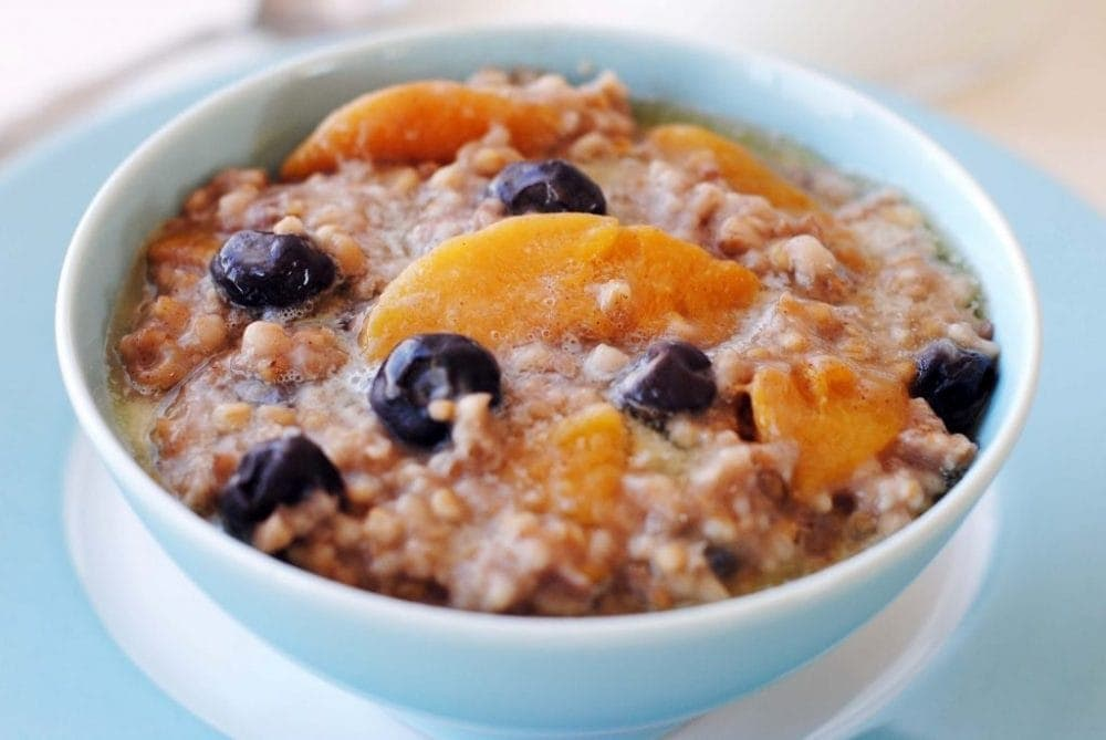 Crock Pot Peach & Blueberry Oatmeal