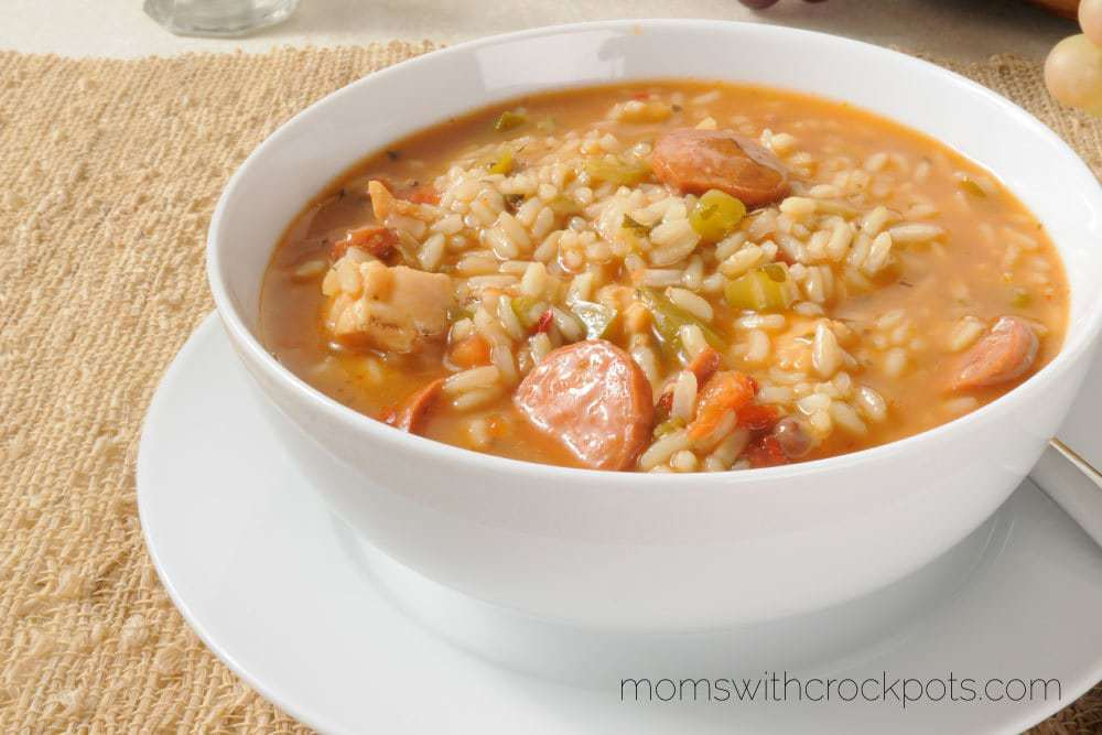 A flavorful slow cooker meal for any night of the week! This delicious Cajun Crockpot Gumbo is a perfect easy dinner option.