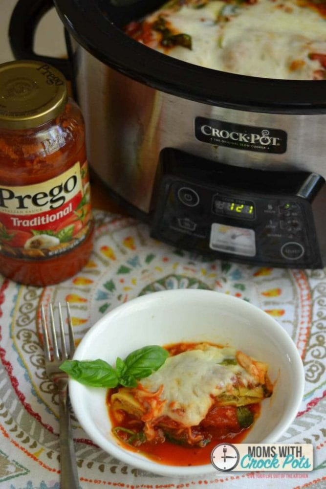 What a great quick and easy dinner idea! Crockpot Shortcut Ravioli Lasagna! YUM!