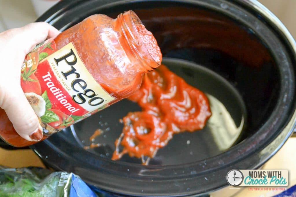 What a great quick and easy dinner idea! Crockpot Shortcut Ravioli Lasagna! YUM!