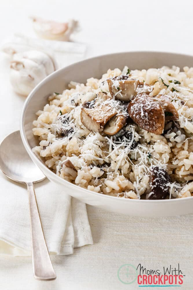 This is a winner. Serve it by itself on a busy night or as a side dish. This Crockpot Mushroom Risotto Recipe is perfect!