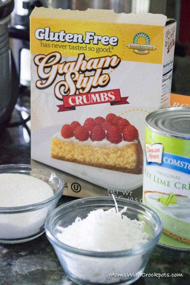 Is there anything you can't use a crockpot for? Summer is here. Check out this amazing Crockpot Key Lime Pie Bars Recipe