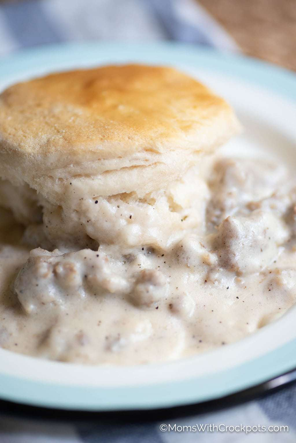Crockpot Biscuits And Gravy Recipe Moms With Crockpots
