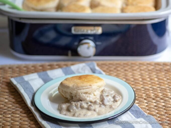 Gravy and biscuit with blue crockpot